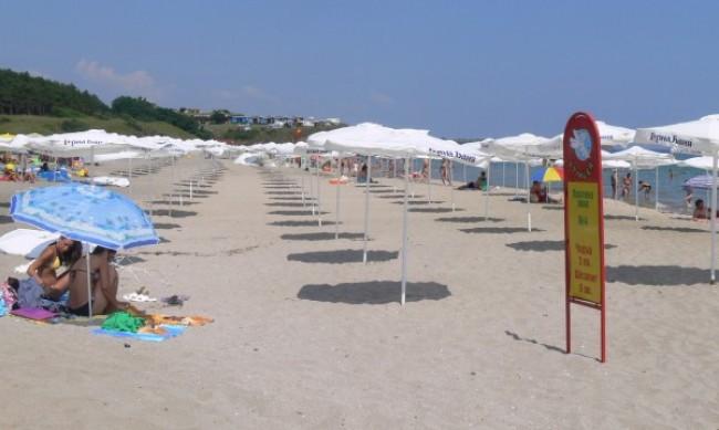 Плажовете ни - малко за туристите, бой за шезлонги