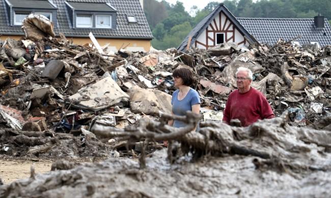 Как Нидерландия се измъкна без жертва след тежките наводнения в Европа?