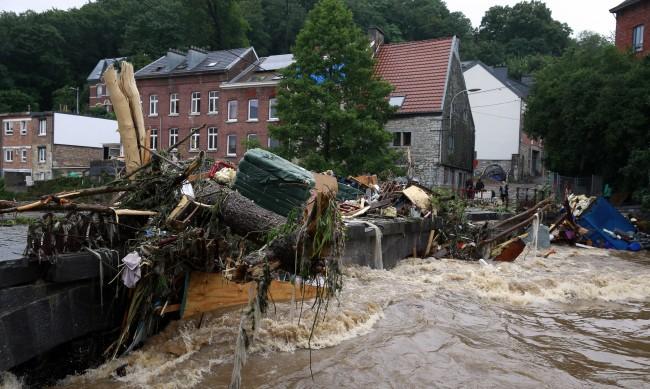 Белгия след потопа: Разрушават цели квартали, за да разчистят