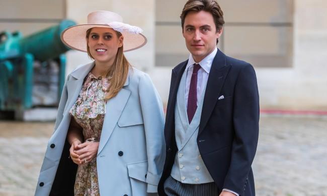 Принцеса Беатрис празнува годишнина от сватбата