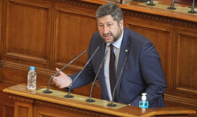 Интересът ни е приятелска, не антибългарска Македония да влезе в ЕС!
