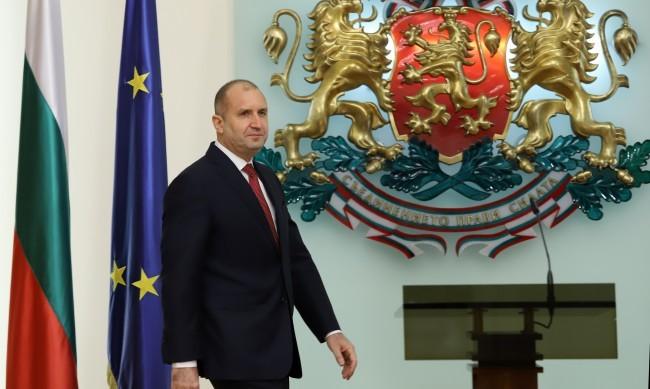 Радев ще проведе консултации с парламентарните групи утре
