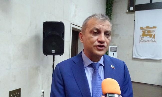 Новият кмет на Благоевград спря общински бонуси