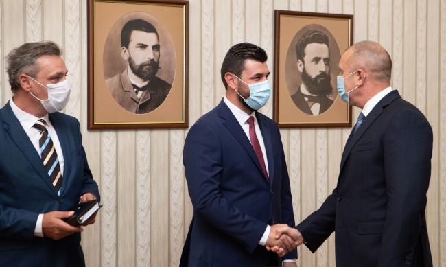 Радев: Скопие ще покаже зрялост, когато преустанови дискриминацията на българите