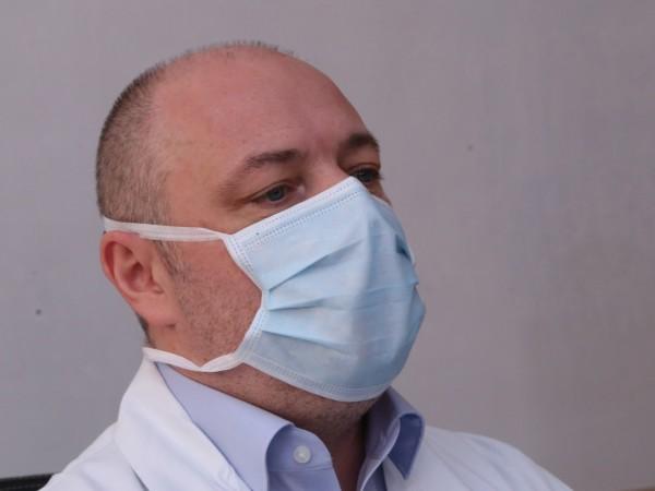 """Заместник-директорът на """"Пирогов"""" проф. Николай Габровски си е подал лично"""