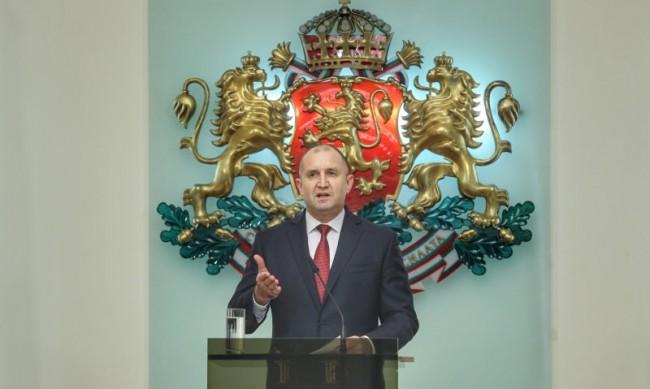 Президентът Радев ще проведе консултации с парламентарните групи