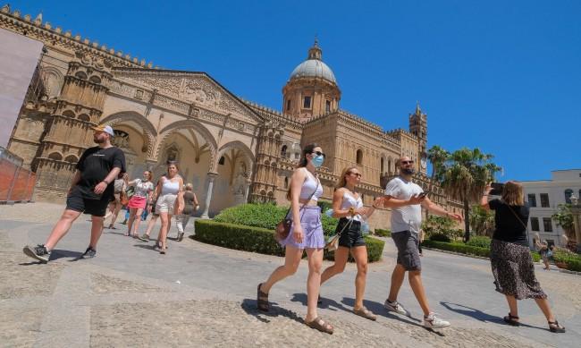 В Италия: Зелен пропуск за достъп до музеи, ресторанти, театри...