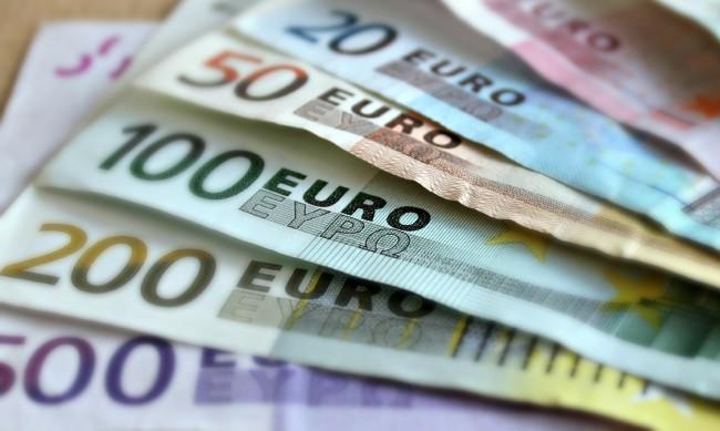 Fitch потвърди 'BBB' рейтинга на България с положителна перспектива
