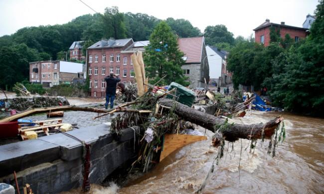 Нови наводнения пак заляха части от Белгия