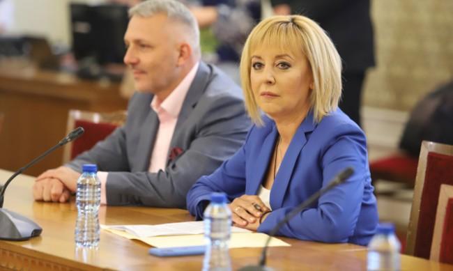 Манолова: Смените на ВСС и Гешев са на дневен ред