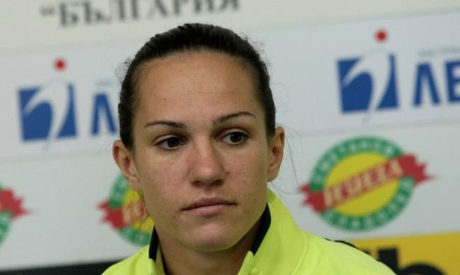 Боксьорката ни Станимира Петрова отпадна на Олимпиадата