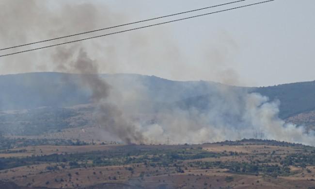 Загасен е големият пожар до село Бучино