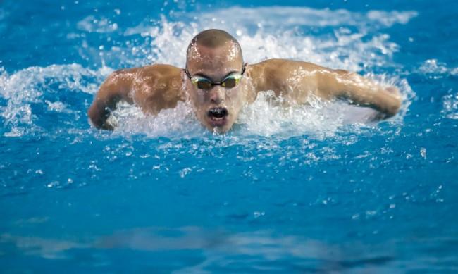 Антъни Иванов не успя да се класира на полуфинал на 200 м бътерфлай
