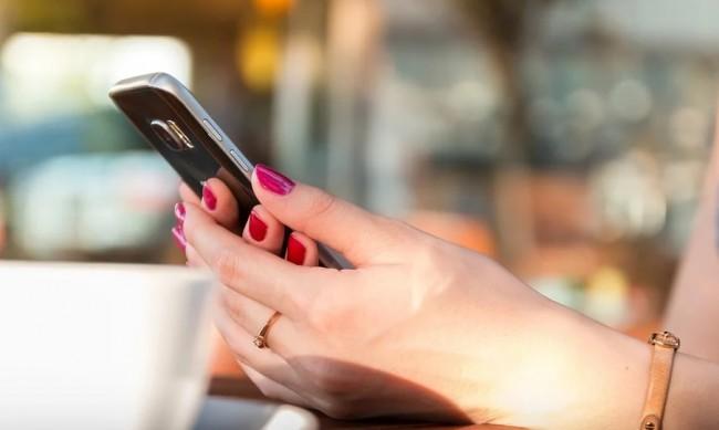 Тенденция: Все повече хора търсят партньора си онлайн