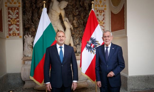 Радев в Австрия: Очакваме ясна воля от РСМ за добросъседство