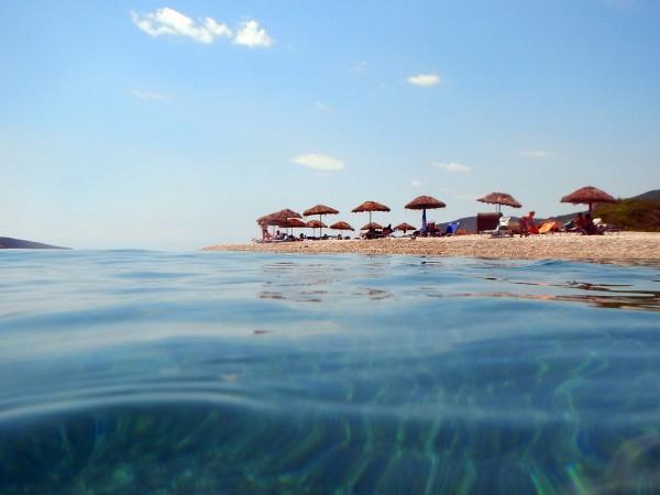 Тежки и продължителни жеги очакват в Гърция. Заради горещините движението