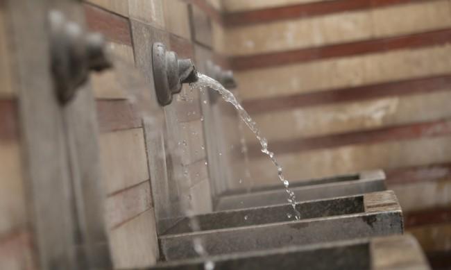 Цената на водата: Омбудсманът срещу поскъпването