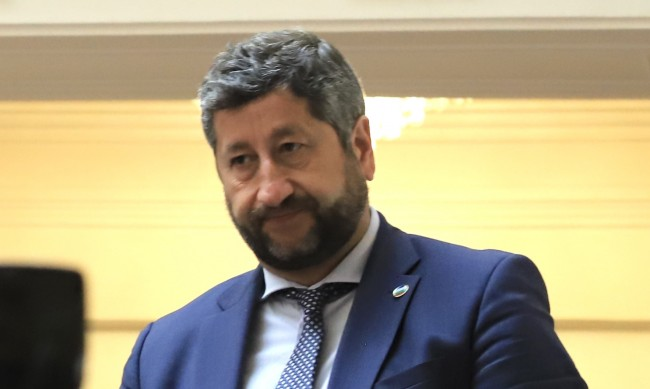 Христо Иванов: Ще подкрепим кабинет, който привлича доверие