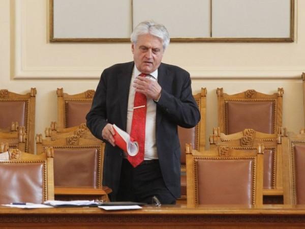 Сигналът, който вътрешният министър Бойко Рашков изпрати в следствието срещу