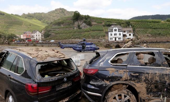 Ще изкупи ли българинът наводнените коли от Западна Европа?