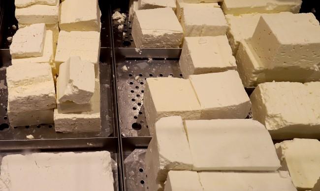 Бяло саламурено сирене - какви са критериите и изискванията?