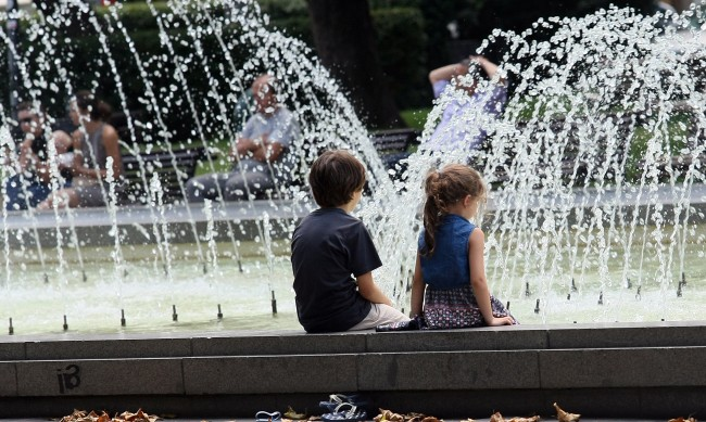 В Русе живакът удари 40°С , шестима припаднаха от жегата в Пловдив