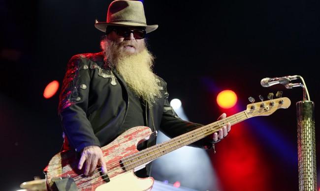 Почина Дъсти Хил, басист на бандата ZZ Top