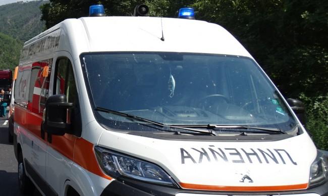 Румънски автобус и кола се удариха във Велико Търново