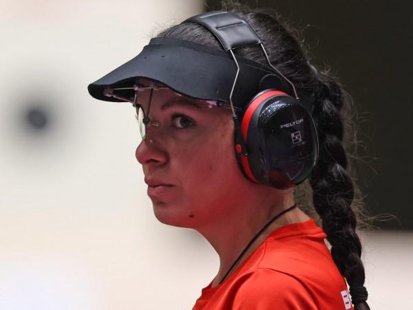 Антоанета Костадинова е на трето място в квалификациите на дисциплината