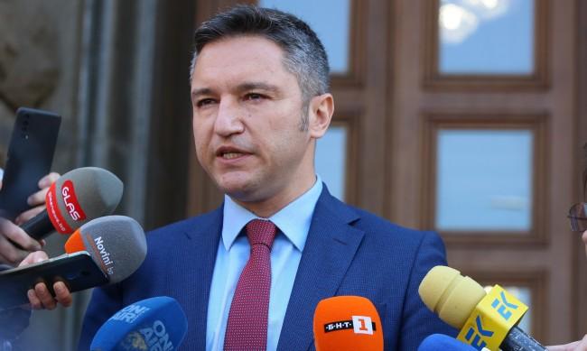 Вигенин: Трябват писмени гаранции за политиката, която ще се следва