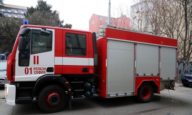 Евакуираха сграда в Пловдив заради пожар