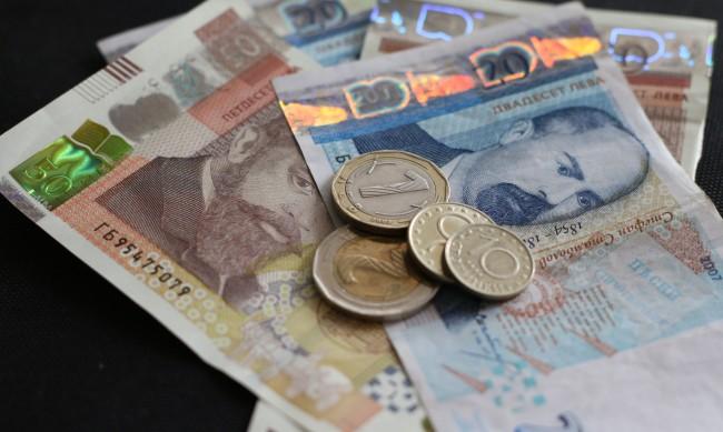 Решено! Вдигат пенсиите средно с 64 лв. от 1 октомври