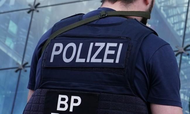 Четирима ранени след яростно спречкване на паркинг в Берлин