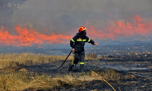 Над 400 души са пострадали от големите пожари в Турция