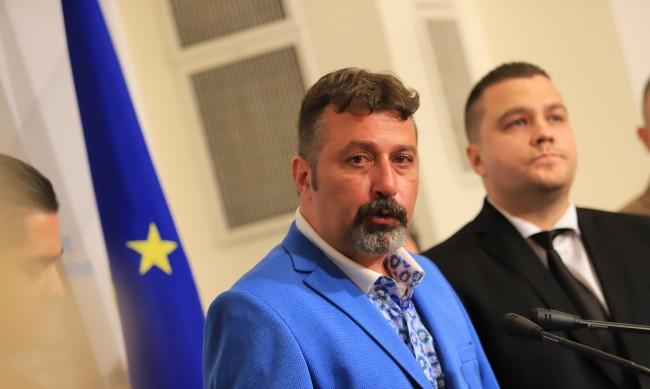 ИТН: Няма как да стоим във властта, за да се договаряме с ДБ, Борисов и Доган