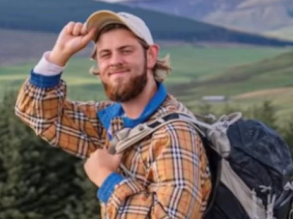 Ютубърът и инфлуенсър от Дания Алберт Дюрлунд падна от скала