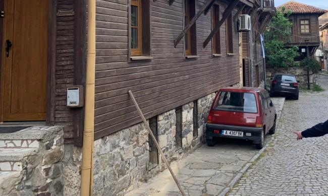 Паркирането по Южното Черноморие ад, цените като за нощувка