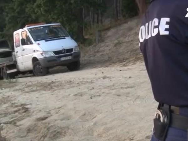 Прокуратурата разследва смъртта на баща и син, чиито тела бяха