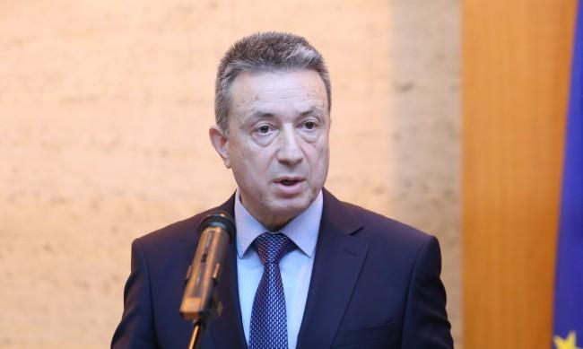 Стоилов: Дано старите икономически интереси не се прегрупират наново