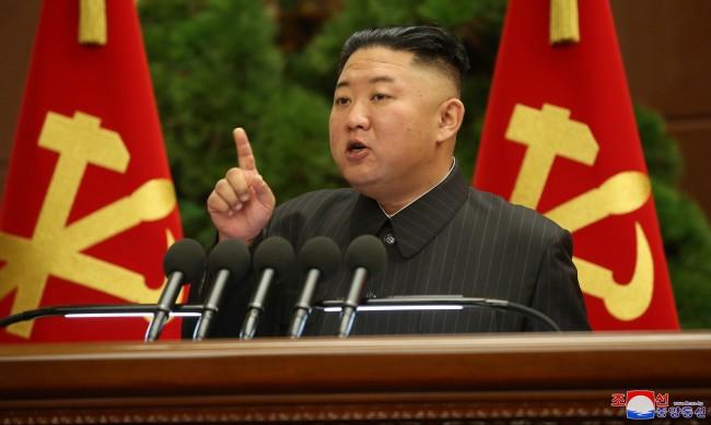 """Северна и Южна Корея отново на """"горещата радио линия"""""""