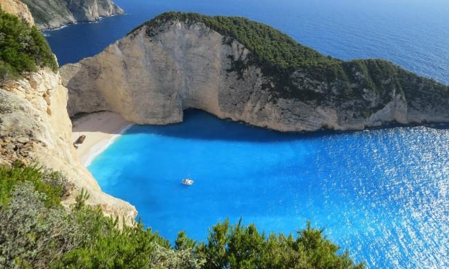 Опасно горещо в Гърция, живакът удари 46 градуса