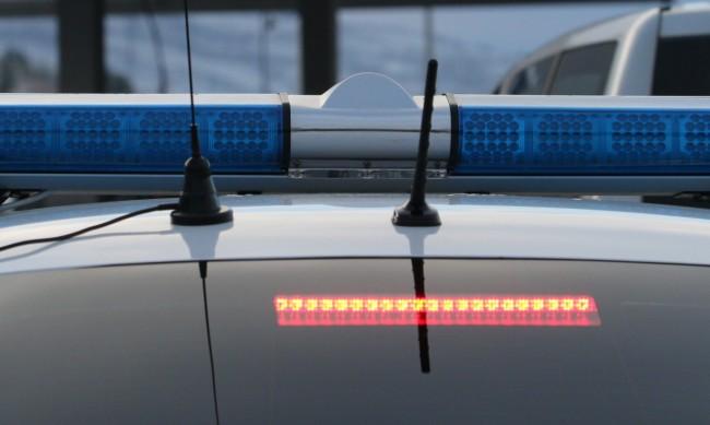 Двама загинаха на място след челен сблъсък на кола и камион
