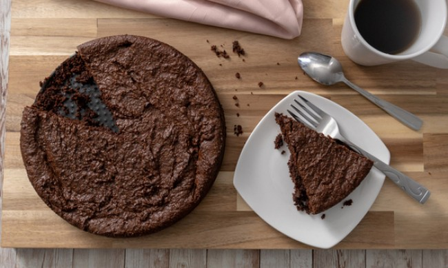 Рецептата Dnes: Шоколадова торта с нахут без печене