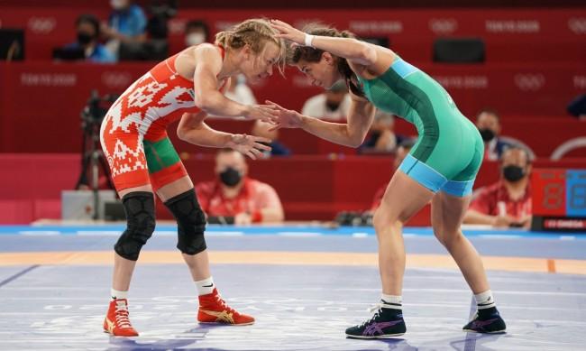 Евелина Николова загуби на полуфинал, ще се бори за бронза в Токио