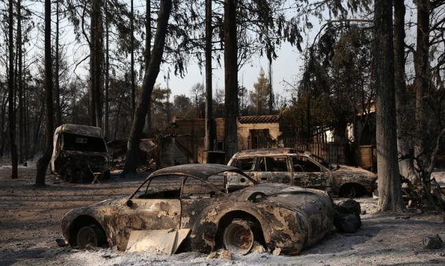 ЕК изпраща помощ на засегнатите от пожарите страни