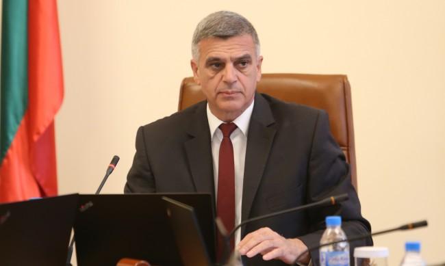 Стефан Янев: Температурите са високи и човешката дейност е в основата на пожарите