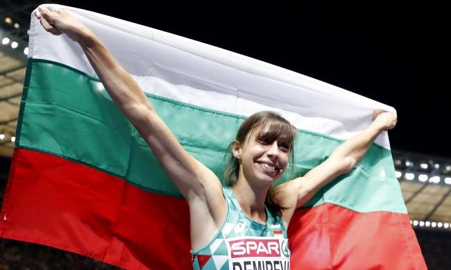 След тежка квалификация: Мирела Димерева е на финал в скока на височина в Токио