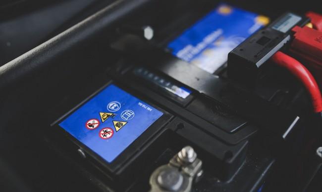 Как можем да съсипем акумулатора на колата през лятото?
