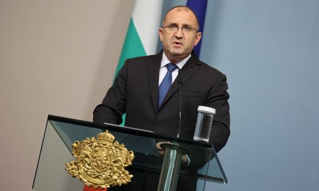Радев продължава консултациите - с ДБ, ДПС и ИБГНИ