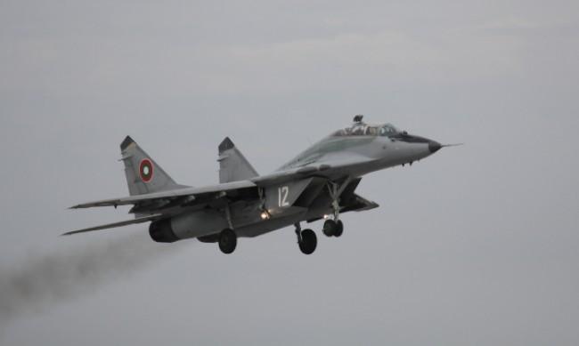 Изтребител МиГ-29 се разби в района на Астрахан